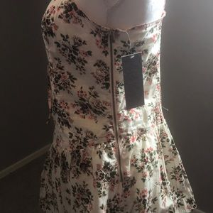 Tracy Feith Dresses - Tracy Feith floral dress